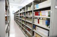 典藏丰富的图书室
